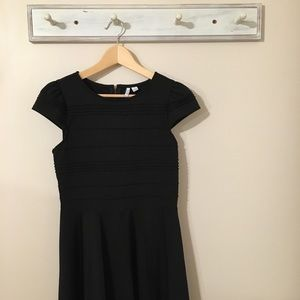 Elle Perfect Black Dress